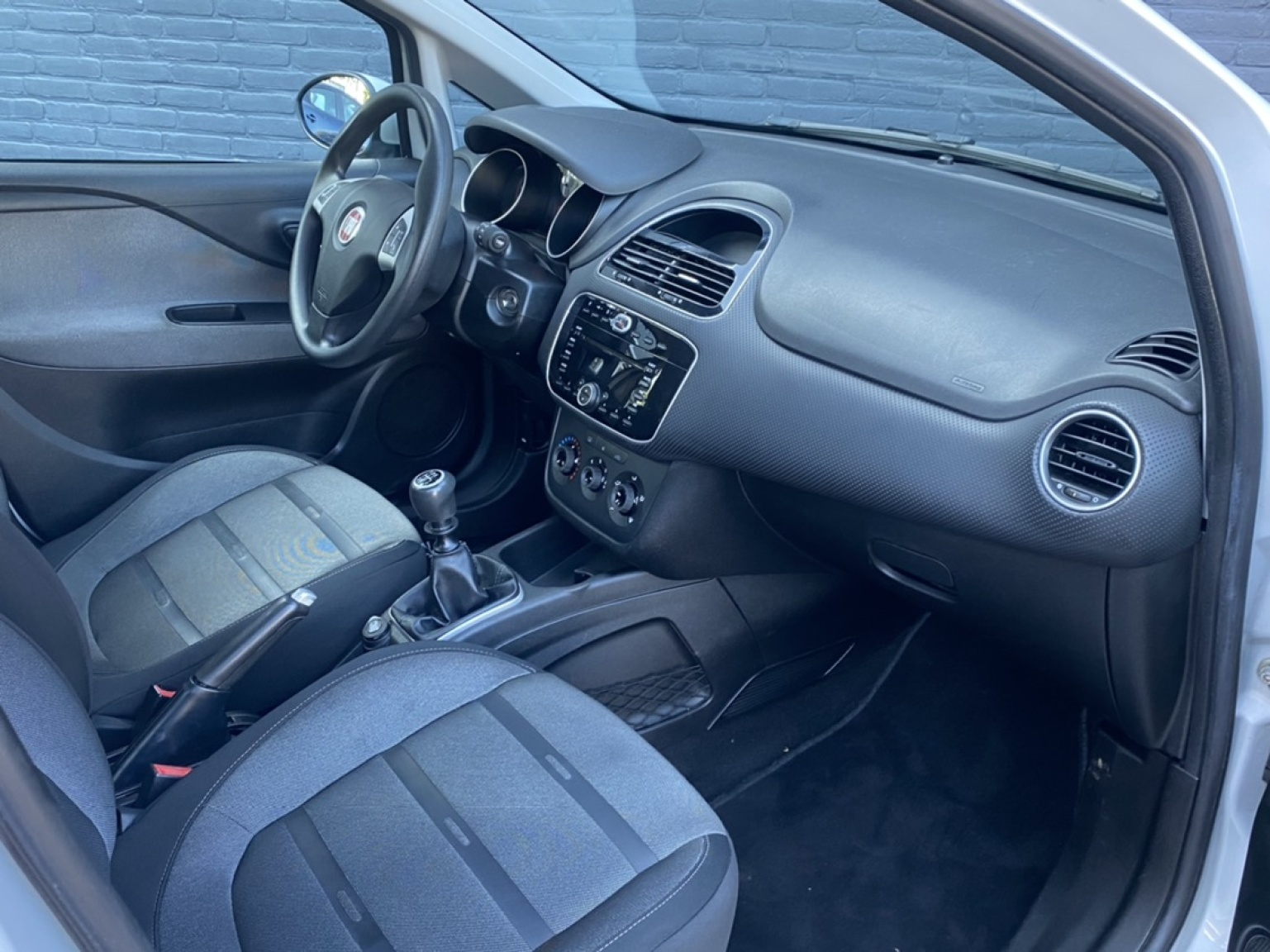 Fiat-Punto Evo-18