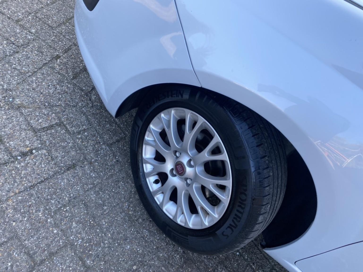 Fiat-Punto Evo-20