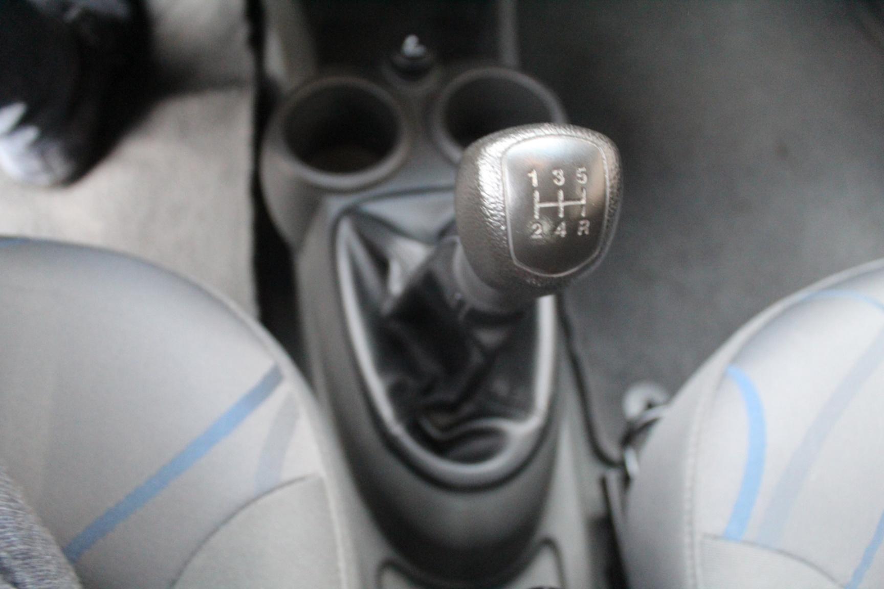 Chevrolet-Spark-22