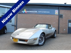 Chevrolet-Corvette-0