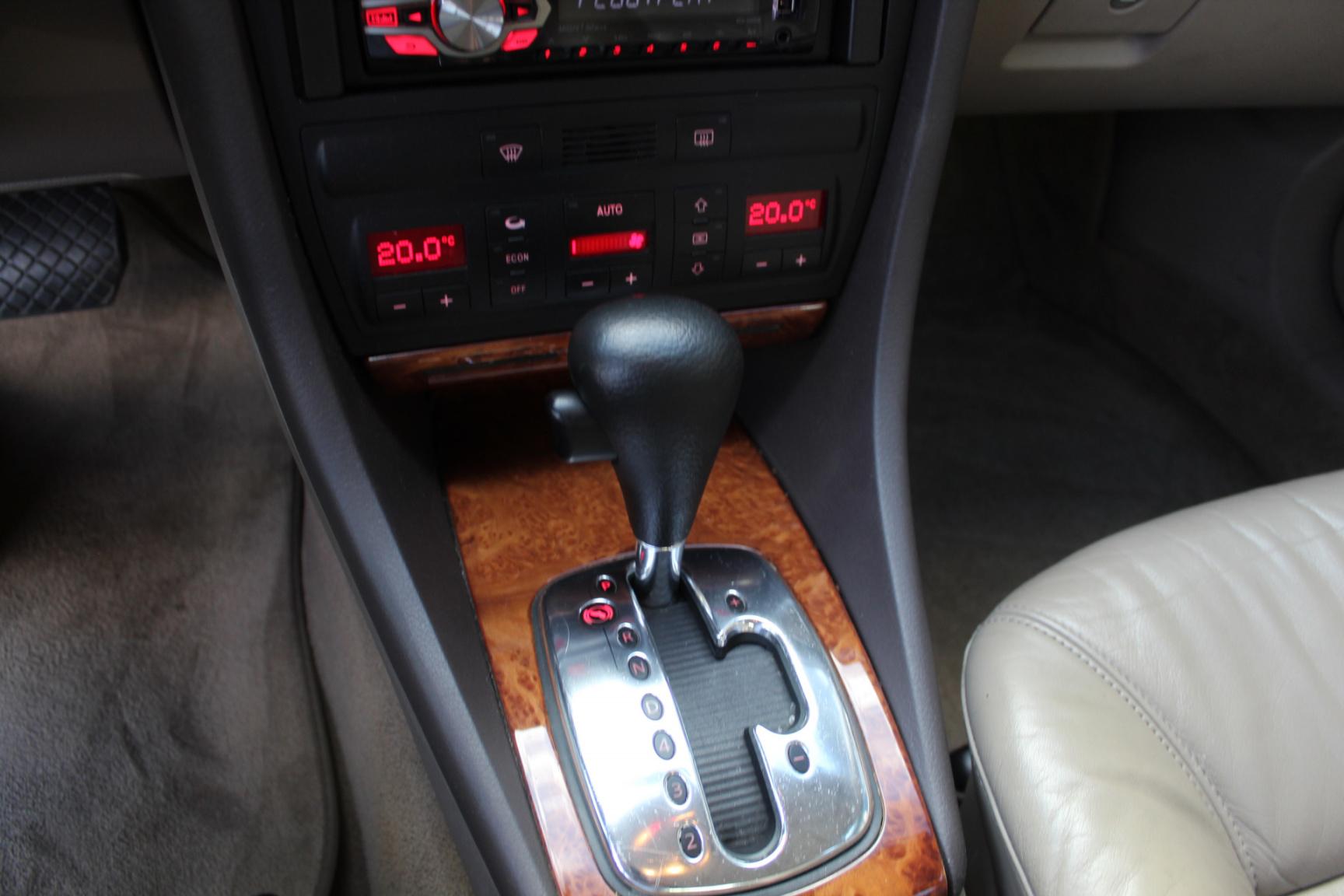 Audi-A6-10