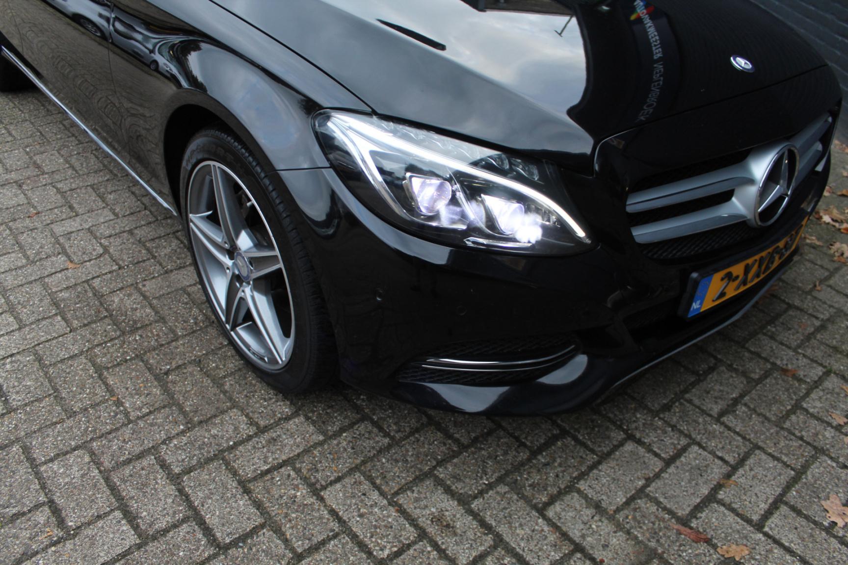 Mercedes-Benz-C-Klasse-49