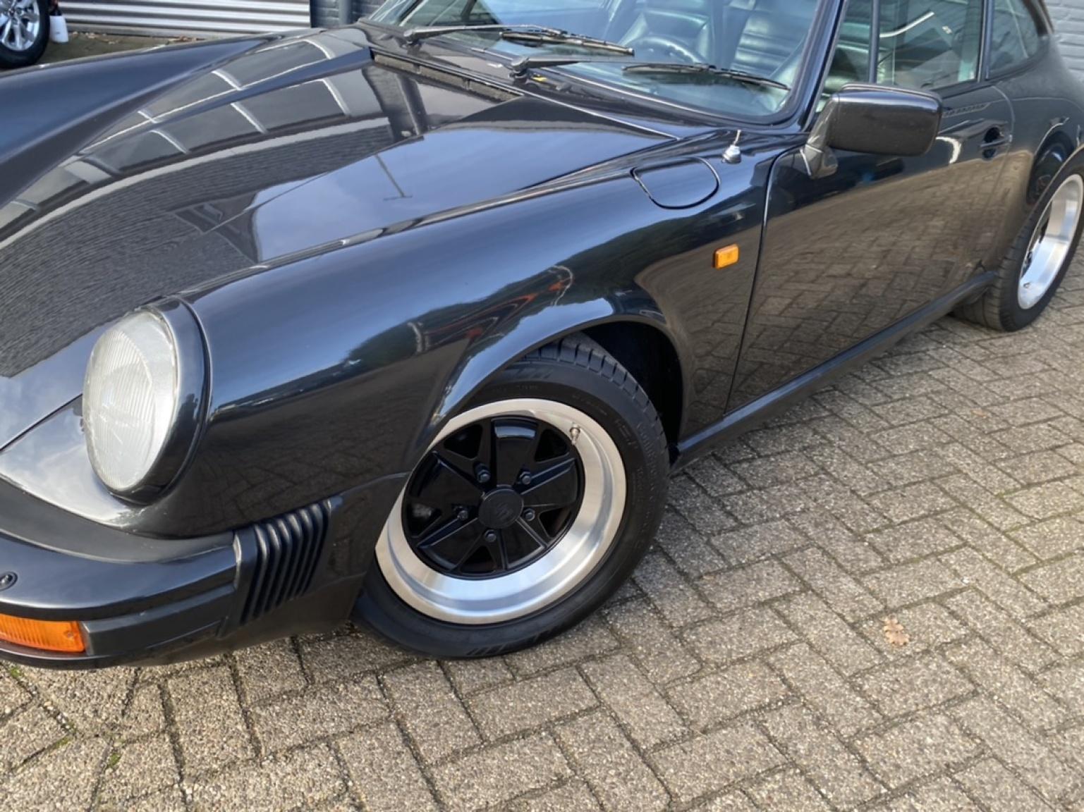 Porsche-911-66