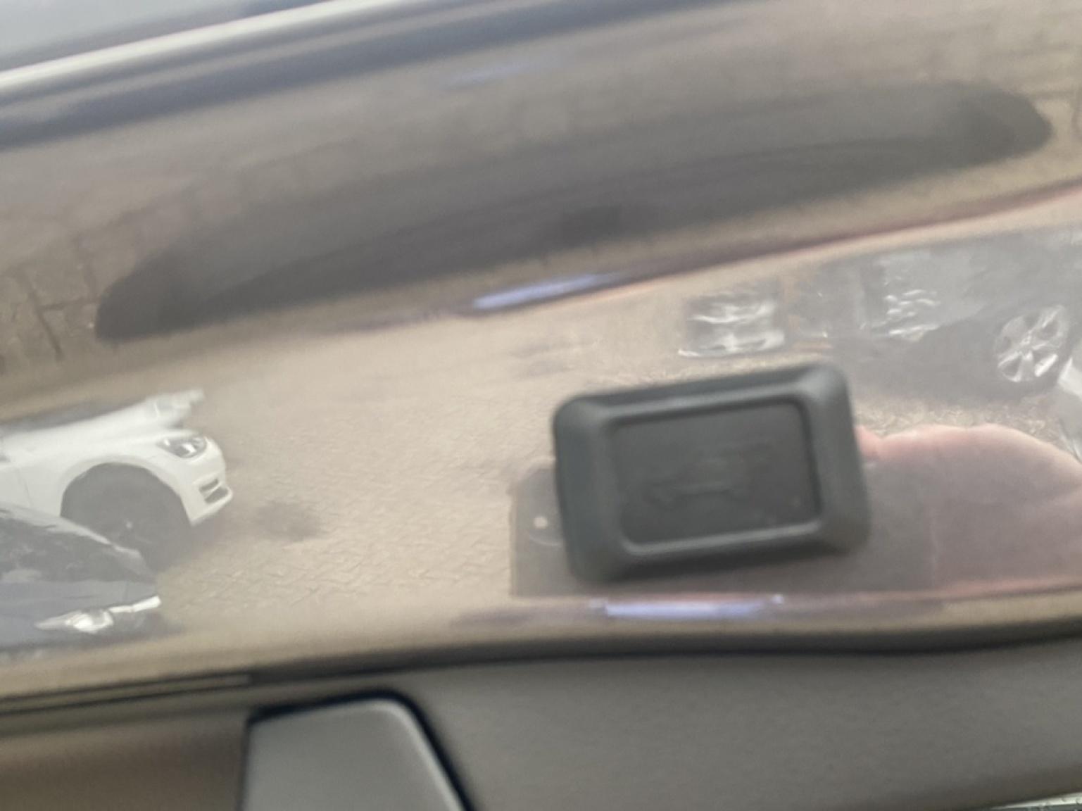 Toyota-RAV4-12