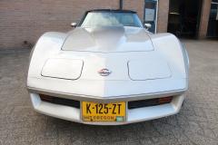 Chevrolet-Corvette-23