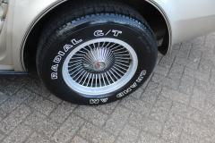 Chevrolet-Corvette-9