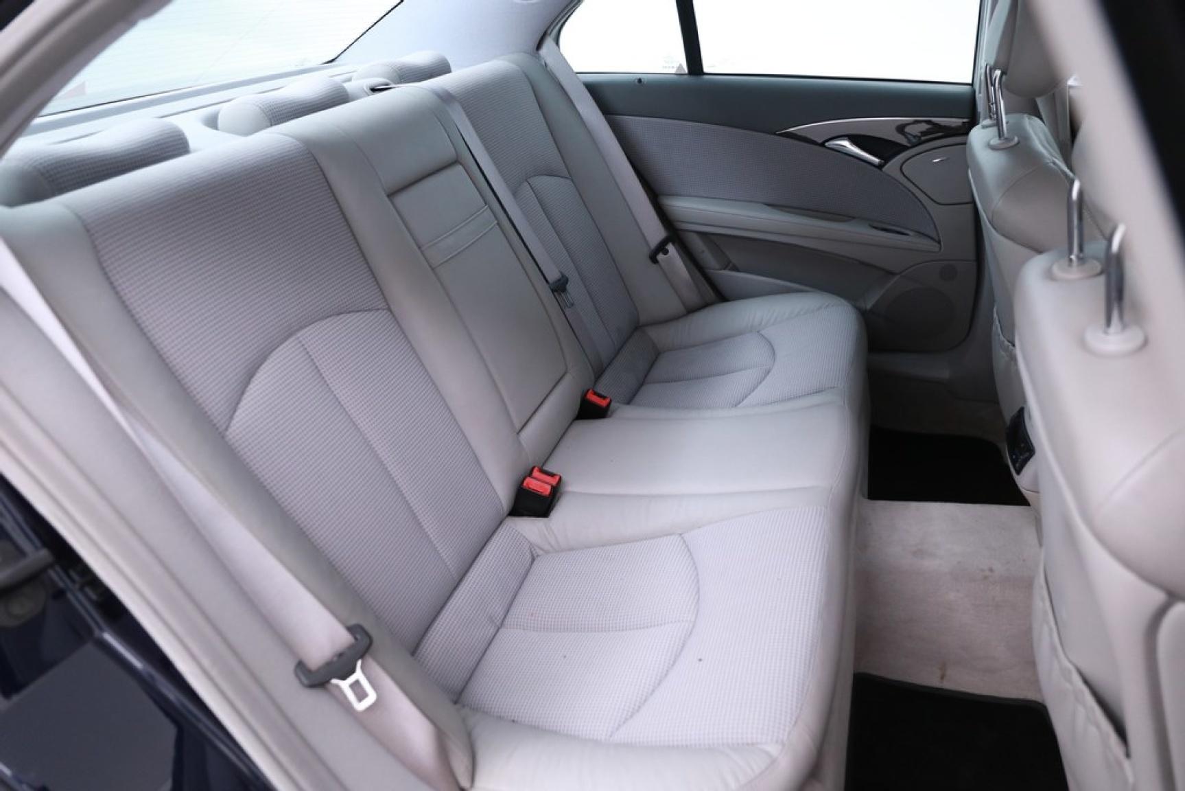 Mercedes-Benz-E-Klasse-25
