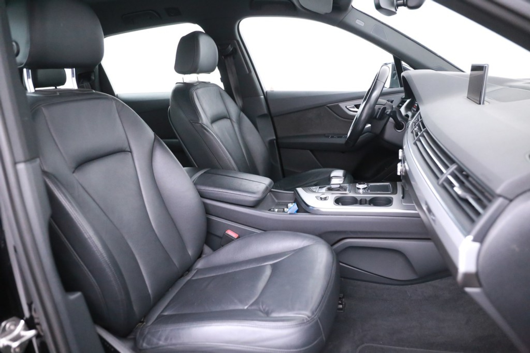 Audi-Q7-24