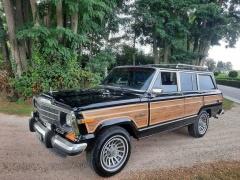 Jeep-Wagoneer-12