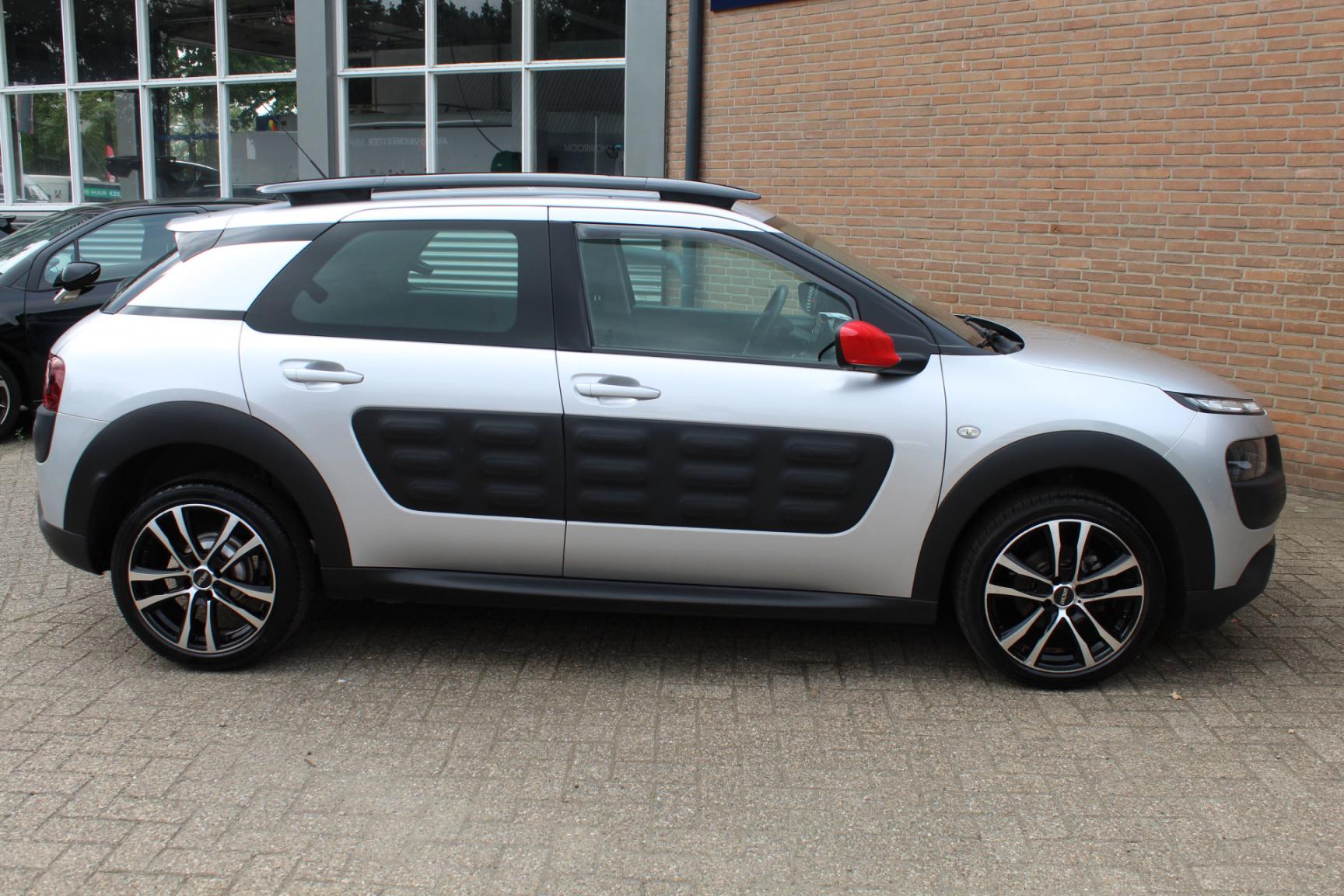 Citroën-C4 Cactus-2