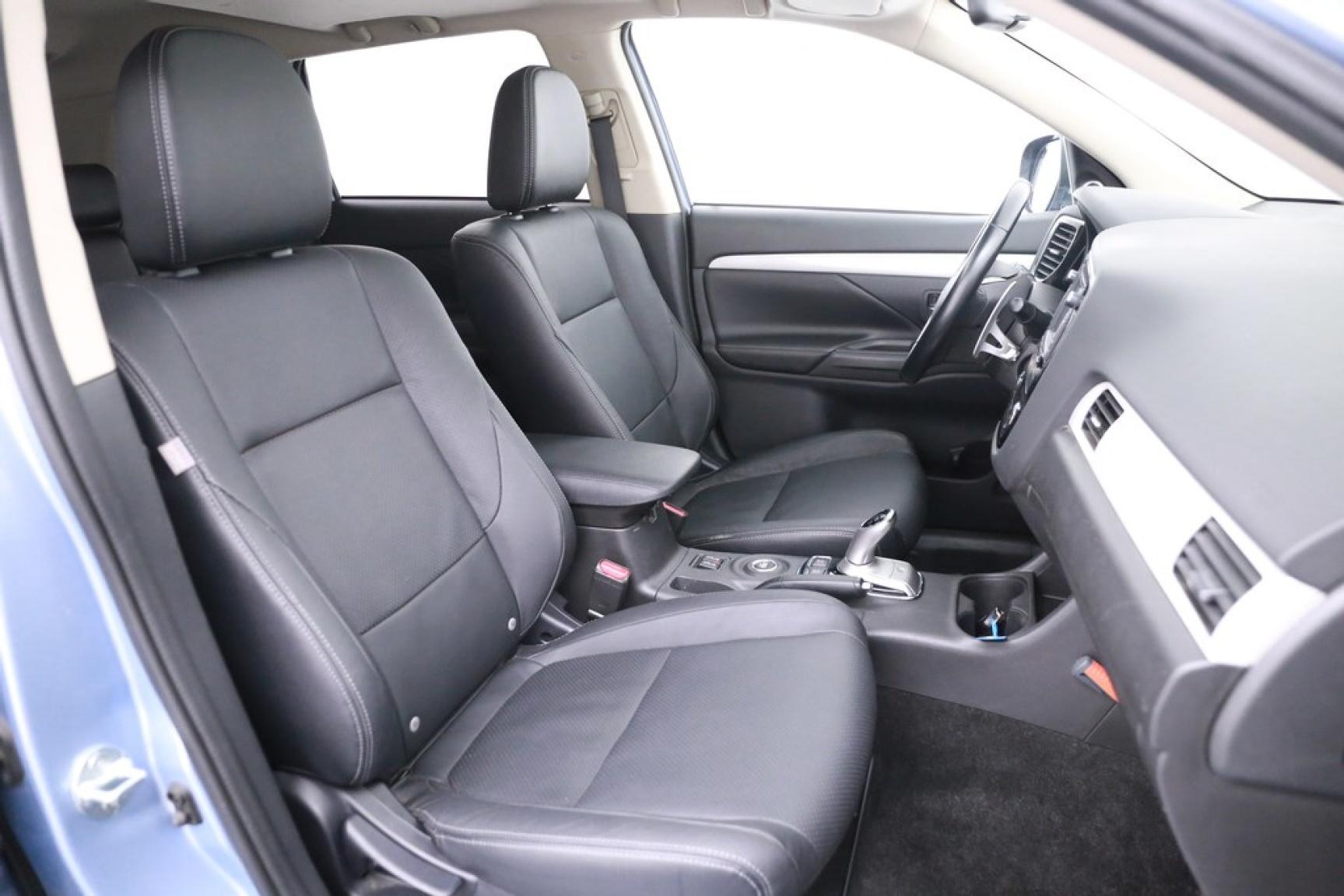 Mitsubishi-Outlander-39
