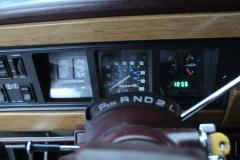Jeep-Wagoneer-40