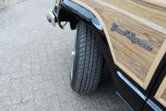 Jeep-Wagoneer-33