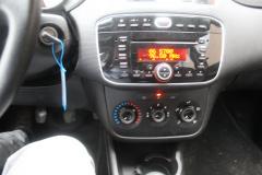 Fiat-Punto Evo-21